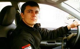 Автошкола против частного инструктора по вождению